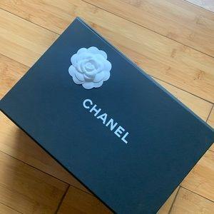 Chanel mini handbag auth